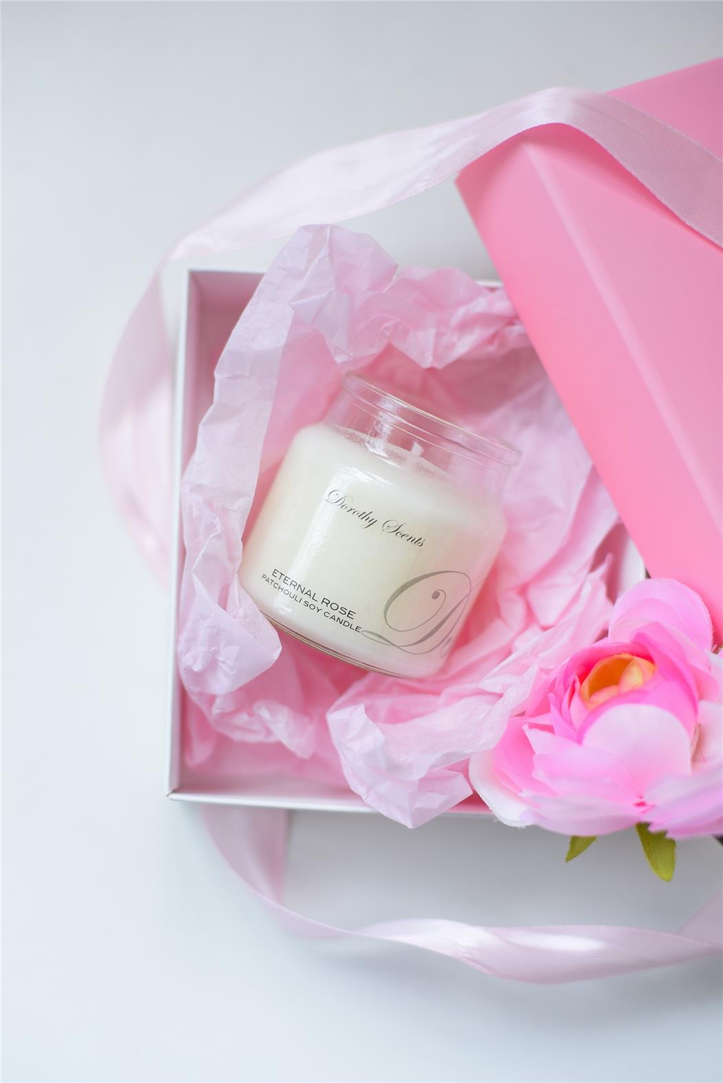 ETERNAL ROSE SCENTED PATCHOULI SOY CANDLE - 100G - Temptations ...